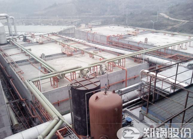 30吨废液锅炉管道输送废液现场.jpg