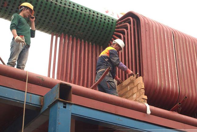 郑锅20吨链条炉排燃煤锅炉在蒙古国安装现场.jpg